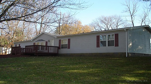 3 BEDROOM, 2 BATH HOME JUST MINUTES FROM BLOOMFIELD