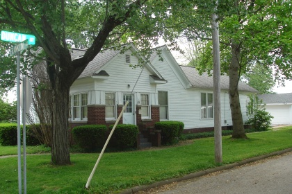 BEAUTIFUL HARDWOOD FLOORS & TRIM WITH THIS HOUSE ON A CORNER LOT IN BLOOMFIELD - NEW PRICE